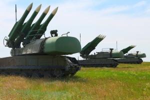 ウクライナ軍、被占領下クリミア周辺で、対空迎撃訓練を実施