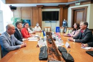 Кент обсудил с Марченко важность эффективного корпоративного управления