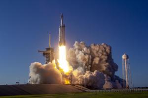 Ілон Маск запустить апарат NASA для пошуку позаземного життя