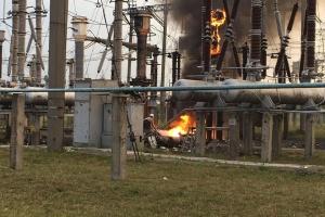 В Ривне вспыхнул пожар на трансформаторной подстанции