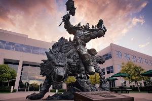 Компанию Blizzard охватили протесты из-за сексуальных домогательств и дискриминации