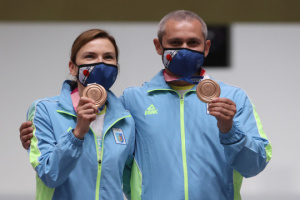 Бронзовий призер Олімпіади Омельчук повернувся до України