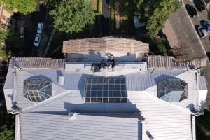 В Киеве заменили крышу и отреставрировали химер Национального художественного музея