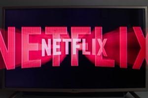 Netflix введе обов'язкову COVID-вакцинацію для учасників зйомок у США