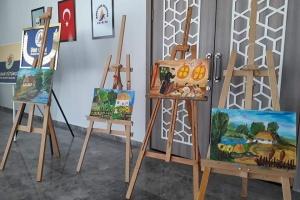 У Туреччині українська школа запросила до артстудії «Чарівний олівець»