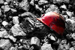 Mine blast in Donetsk region leaves 10 injured