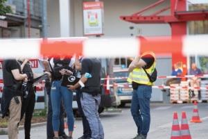 В Берлине произошла стрельба на стоянке магазина - ранены четыре человека