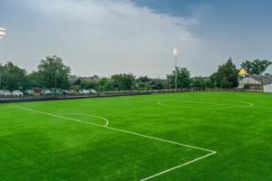 Представники УАФ відкрили футбольний стадіон на Дніпропетровщині