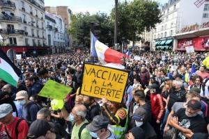 У Франції знову протестують через «паспорти здоров'я»