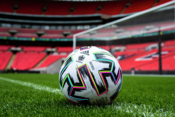 EURO 2021 : L'Ukraine et l'Angleterre s'affrontent aujourd'hui  en quart de finale