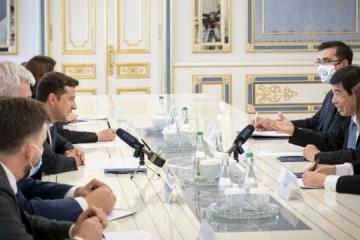 Zelensky meets with Secretary General of World Customs Organization