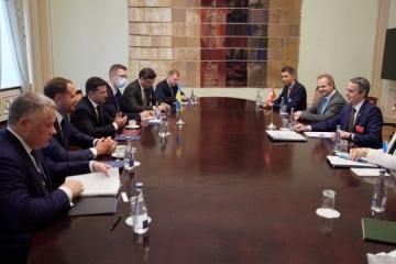 Volodymyr Zelensky et Ignazio Cassis ont discuté des réformes en Ukraine