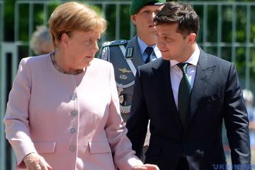 Merkel und Selenskyj treffen sich zum Abendessen in Berlin