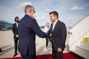 Zełenski przyjechał z wizytą do Niemiec