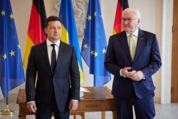 Sytuacja na wschodzie i ustawa o oligarchach - o czym rozmawiał Zełenski ze Steinmeierem