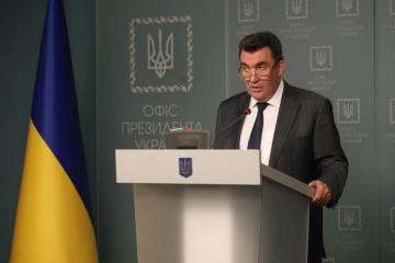 Danílov: Ucrania es capaz de recuperar el este de Ucrania por la fuerza y luchar por Crimea