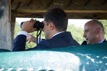 Selenskyj macht sich vertraut mit Sicherheitslage an Grenze zum besetzten Abchasien in Georgien