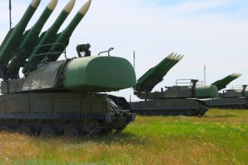 Close to occupied Crimea, Ukrainian military exercise repelling air strikes