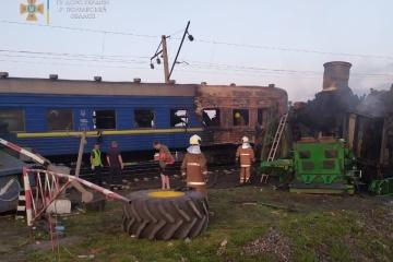 Рух поїздів біля Решетилівки відновлюватимуть до завтра