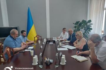 Денісова зустрілася з Чубаровим – говорили про порушення прав кримських бранців Кремля