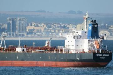 Британия и Иран вызвали послов для разъяснений о нападении на нефтяной танкер
