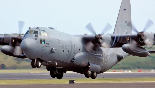 На Філіппінах розбився військовий літак із 85 людьми на борту