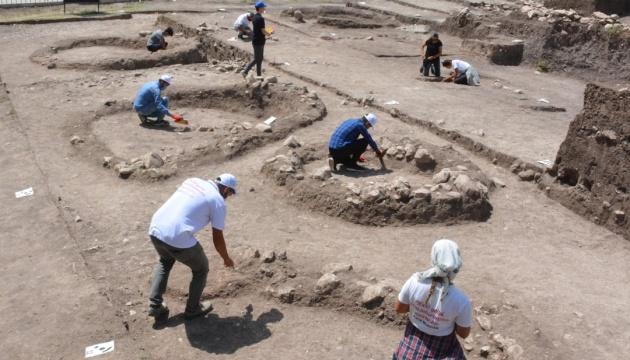 У Туреччині знайшли захоронення часів неоліту