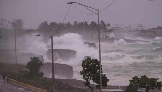 Куба готується до тропічного шторму «Ельза», евакуювавши вже 180 тисяч осіб