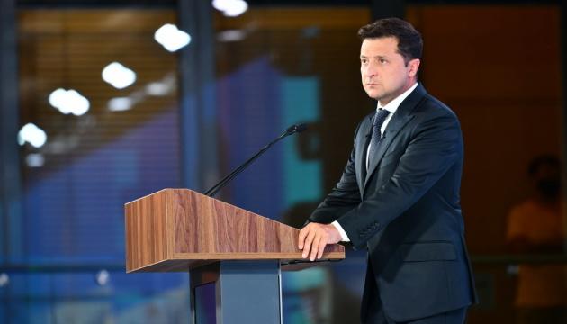 Зеленский анонсировал шесть тем, которые поднимет во время встречи с Байденом