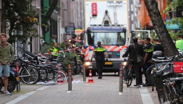 У Нідерландах невідомий з пістолета тяжко поранив журналіста