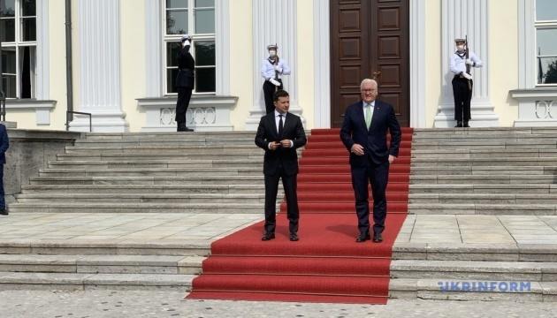 Zelensky et Steinmeier se sont rencontrés à Berlin