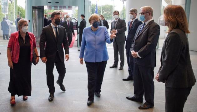 Германия продолжает настаивать на проведении выборов на востоке Украины