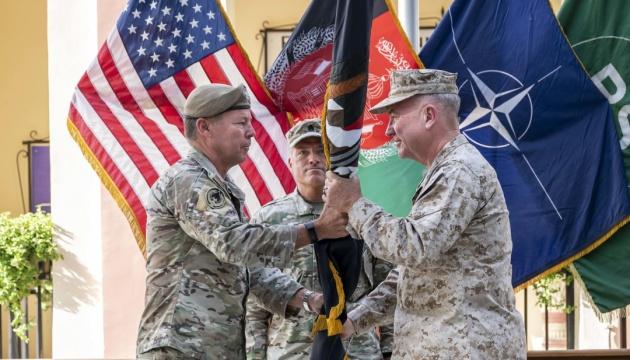 Командующий силами США в Афганистане сложил полномочия
