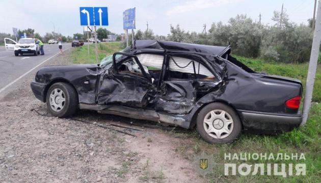 На Херсонщине попала в ДТП семья заведующего кафедрой университета, погибла его дочь