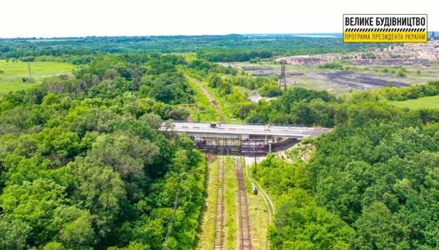 Ремонт трьох мостів завершують на Луганщині