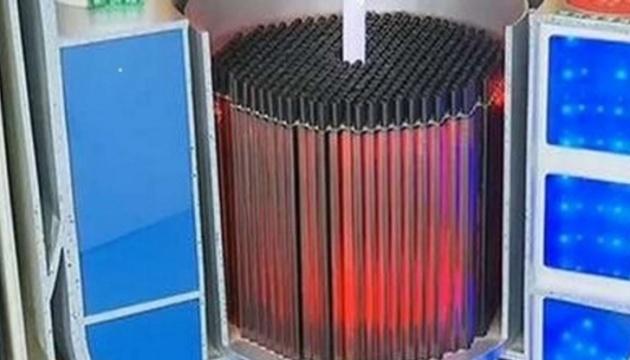 У Китаї почали будувати перший у світі модульний мініреактор