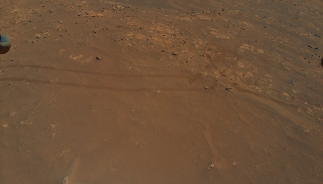 NASA показало новые снимки Марса
