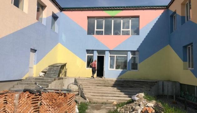 На Вінниччині реконструюють дитсадок, який стояв закинутим 10 років