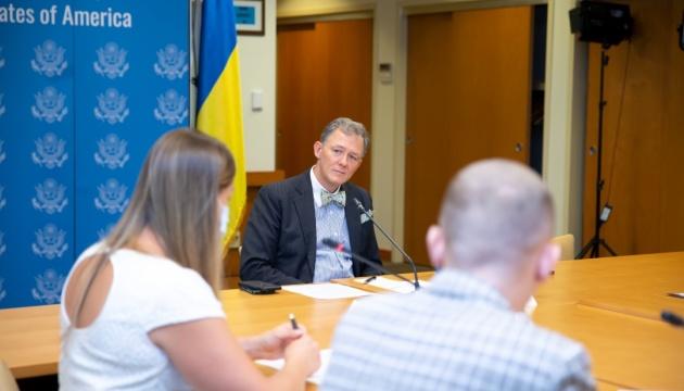 Колишні політв'язні Кремля зустрілися з представником Держдепу США