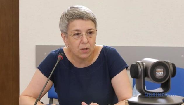 Для складання іспиту чиновнику треба вміти говорити українською - Нацкомісія
