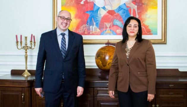Украина и Египет обсудили создание украиноязычной «горячей линии» для туристов