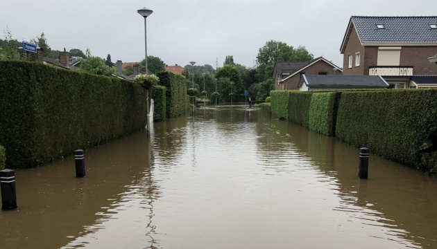 У Нідерландах через повені евакуюють людей