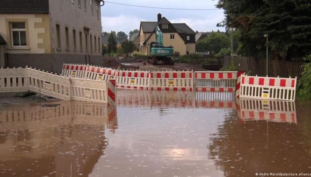 Жертвам стихійного лиха у Німеччині виділять 300 мільйонів євро