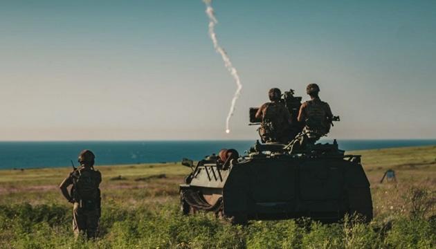 Гвардійці під Маріуполем тренувались стріляти з зенітних установок