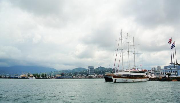 В Грузии освободили осужденных украинских яхтсменов