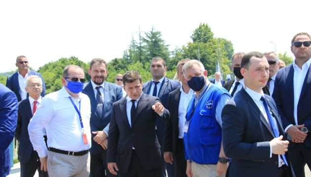 Зеленский в Грузии отправился на линию соприкосновения с оккупированной Абхазией
