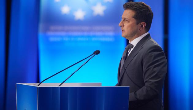 Zełenski w Batumi przypomniał o ambitnym porządku dziennym z Unią Europejską