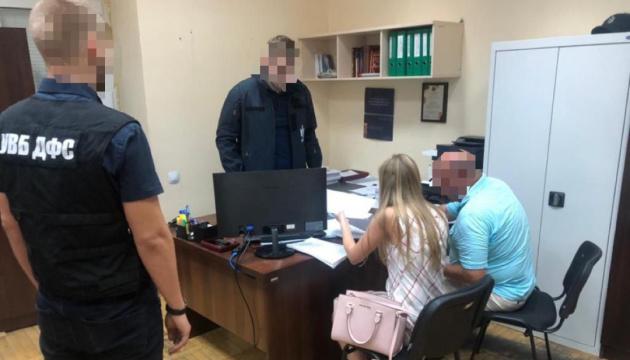 Схема с нефтепродуктами: киевского таможенника подозревают в злоупотреблениях на 6,5 миллиона