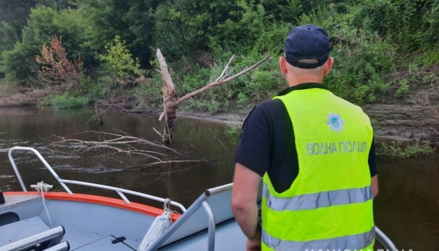 На Черниговщине нашли тело утонувшей в Десне девочки через два дня поисков