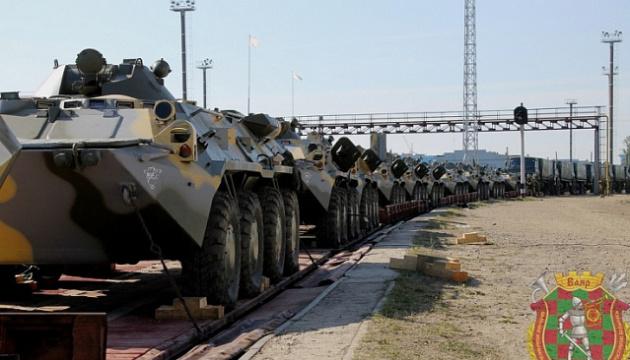 На учения Запад-2021 в Беларусь прибыли первые эшелоны с военными РФ